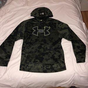 Camo Underarmor hoodie